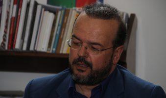 Α. Τριανταφυλλίδης: «Καθαρή έξοδος με άρση των μειώσεων σε συντάξεις και  αφορολόγητο».